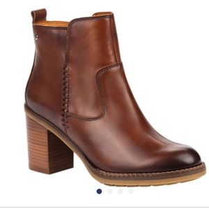 NWT Pikolinos Pompeya Brown Leather Booties